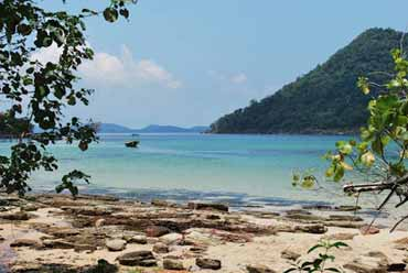 Koh Rong Samloem volunteer project